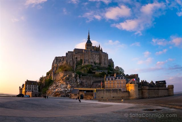 Francia Normandia Mont Saint Michel Atardecer