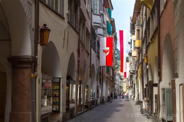 Italia Südtirol Bolzano Bozen Porticos Centro