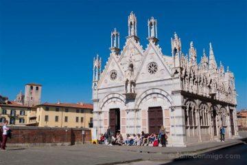 Italia Toscana Pisa Iglesia Santa Maria Spina Exterior