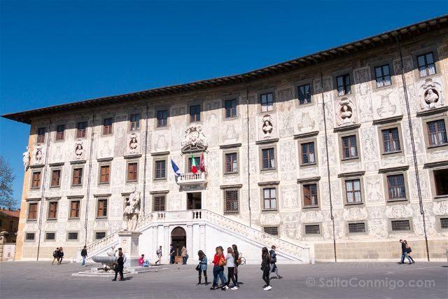 Italia Toscana Pisa Piazza Cavalieri Palacio Carovana