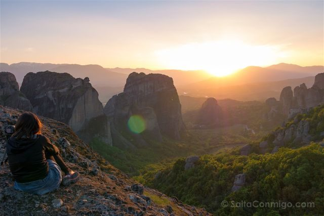 Grecia Meteora Puesta Sol Sara