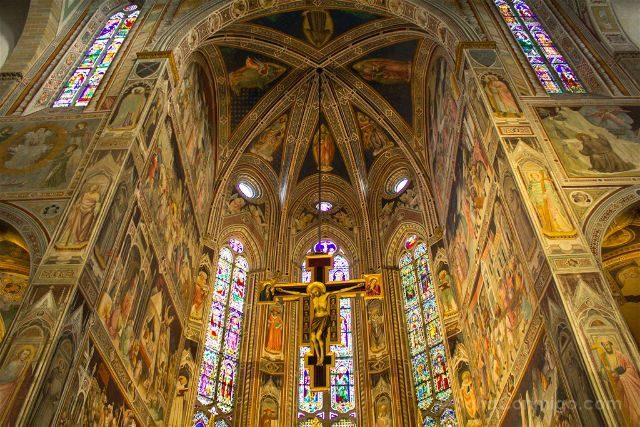 Italia Toscana Florencia Santa Croce Crucifijo Cimabue