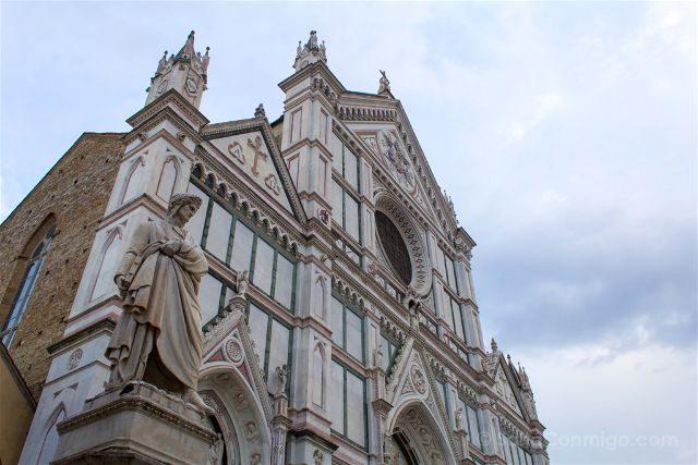 Italia Toscana Florencia Santa Croce Plaza Fachada Dante
