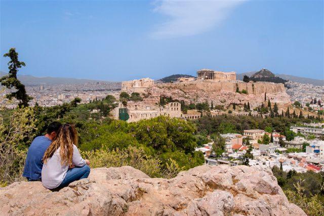 Grecia Atenas Acropolis Vista Filopappou Pareja