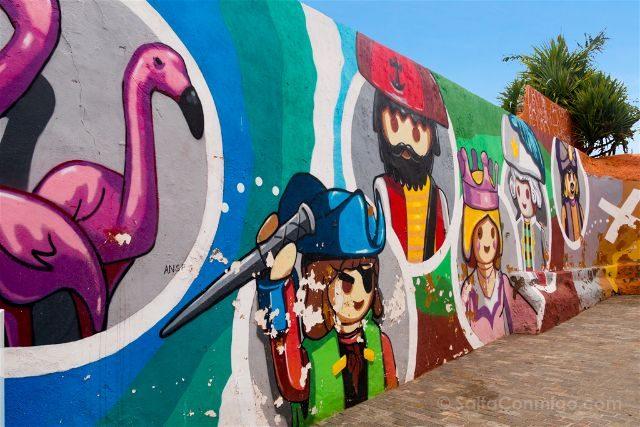 Islas Canarias Tenerife Puerto De La Cruz Street Art Ron, ron, ron la botella de ron Ro.Ro