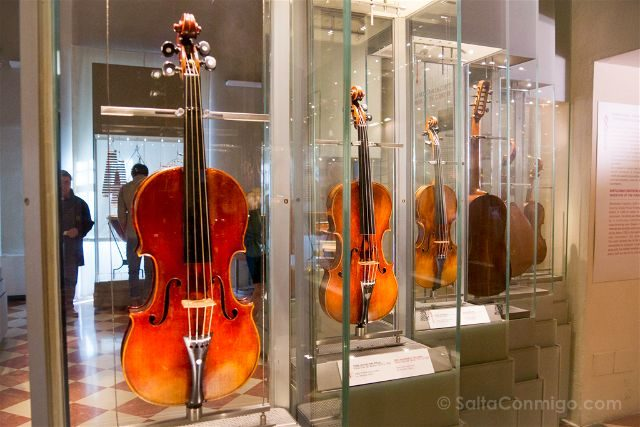 Italia Florencia Accademia Violines Stradivarius