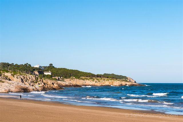 Catalunya Barcelona Vilanova i la Geltrú Playa Faro San Cristofol