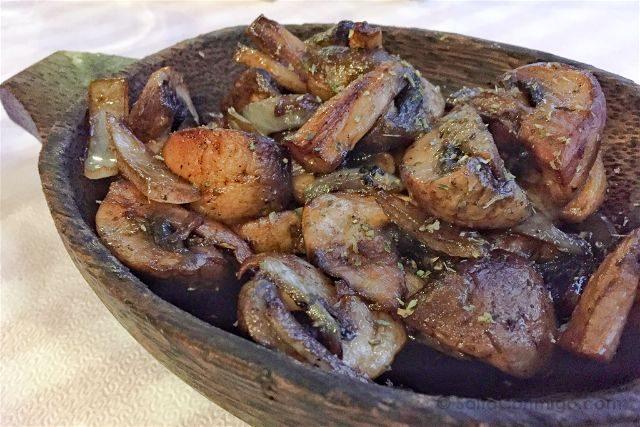 Grecia Meteora Restaurante Taberna to Paramithi Setas