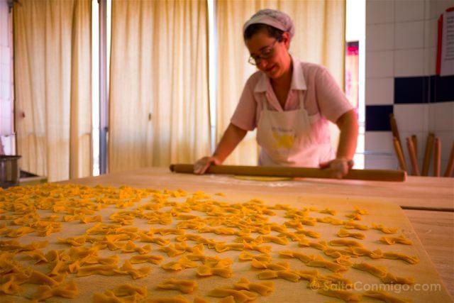 Italia Emilia Romagna Bologna VizEat Food Tour Sfogline