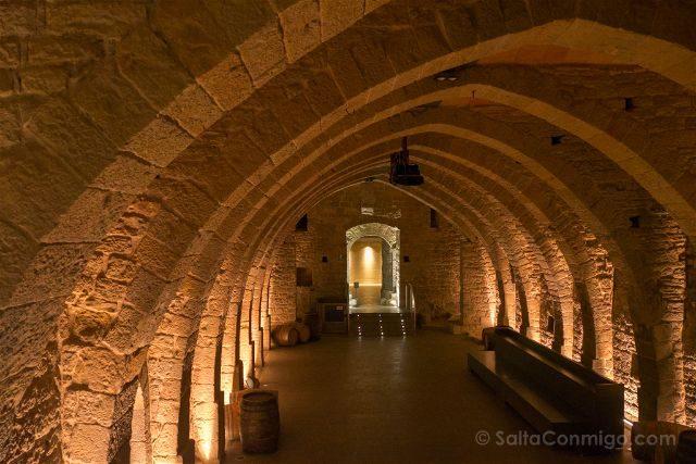 Barcelona Mon Sant Benet Monasterio Bodega