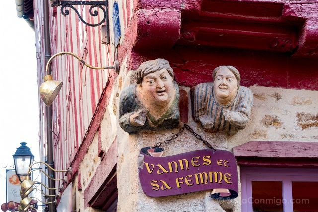 Francia Bretagne Vannes Casas Entramado Madera Vannes Mujer