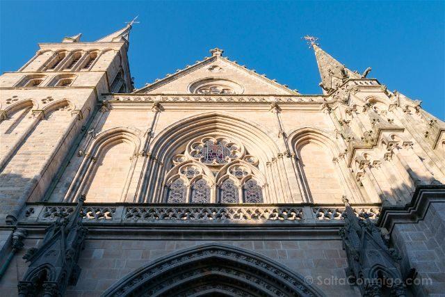 Francia Bretagne Vannes Catedral St Pierre Fachada