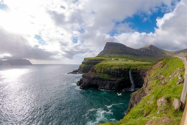 Islas Feroe Gasadalur Cascada