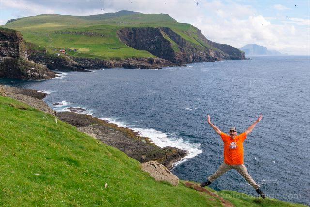 Islas Feroe Mykines Saltando