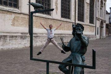 Belgica Bruselas Tom Frantzen Pieter Bruegel Viejo Estatua Salto