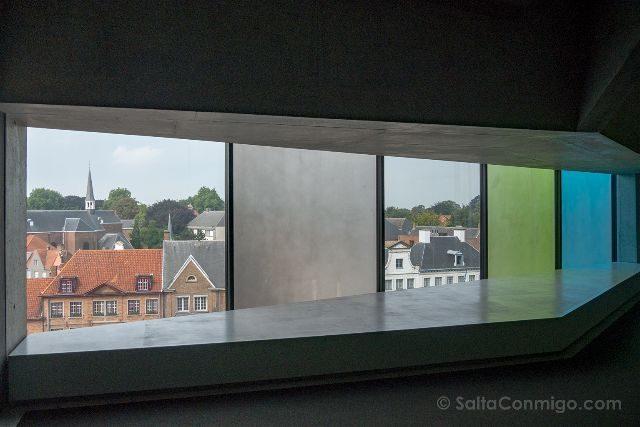 Belgica Flandes Brujas Concertgebouw Ventanas