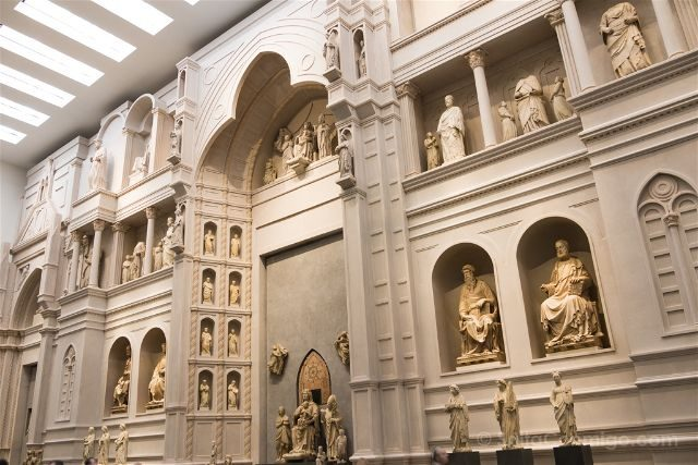 Italia Florencia Duomo Museo Opera Fachada Reconstruccion