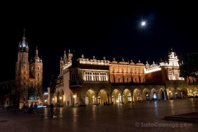 Polonia Cracovia Plaza Central Noche
