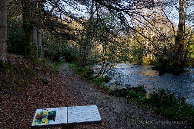Francia Bretagne Pont-Aven Bosque Amor Talisman
