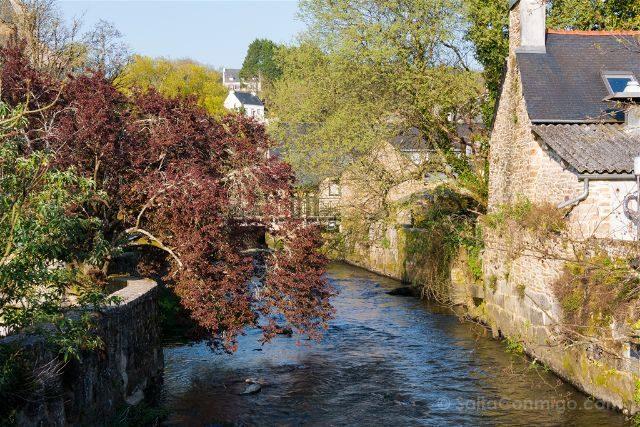Francia Bretagne Pont-Aven Rio Casas