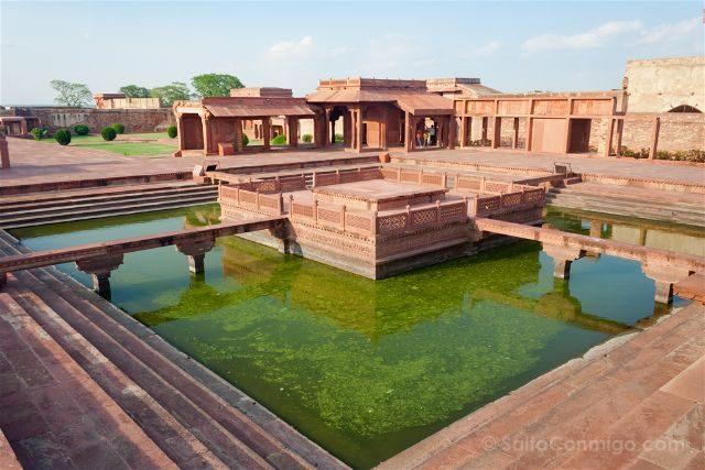 India Fatehpur Sikri Anup Talao