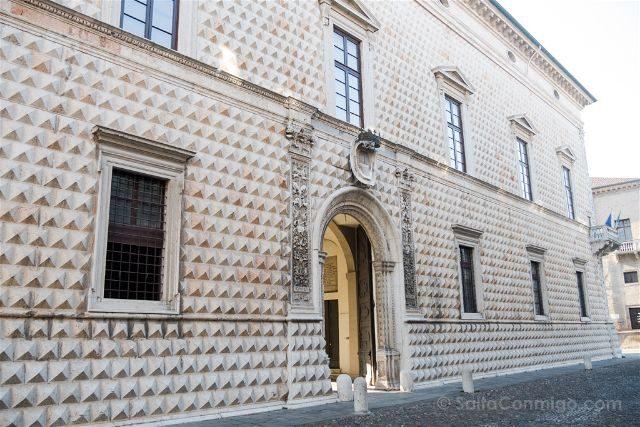 Italia Emilia-Romagna Ferrara Palazzo Diamanti