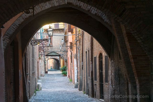 Italia Emilia-Romagna Ferrara Via Volte