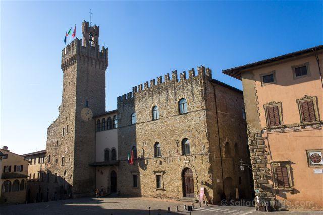 Italia Toscana Arezzo La Vida Es Bella Palazzo Provincia