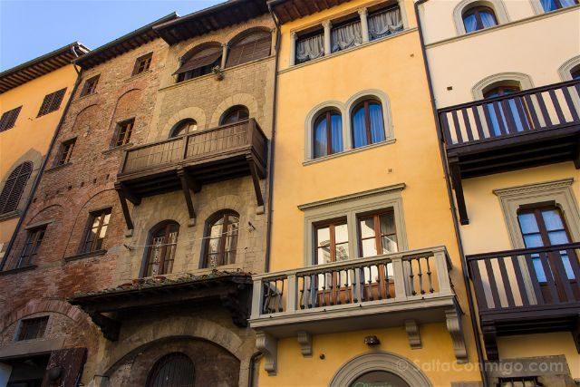 Italia Toscana Arezzo La Vida Es Bella Piazza Grande Edificios