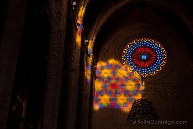 Mallorca Catedral de Palma Espectaculo del Ocho Cerca