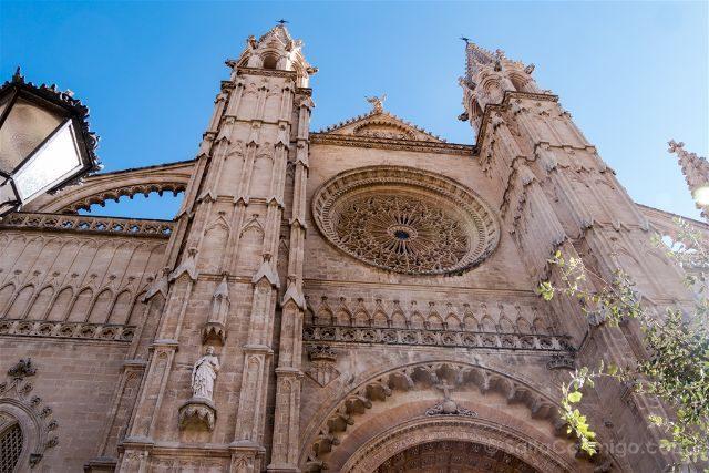 Mallorca Catedral de Palma Roseton Extrerior