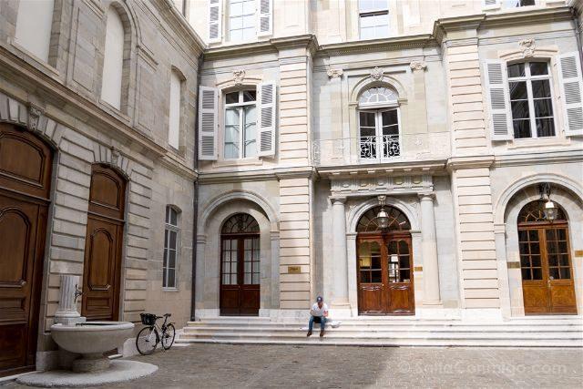 Suiza Ginebra Hotel de Ville Patio
