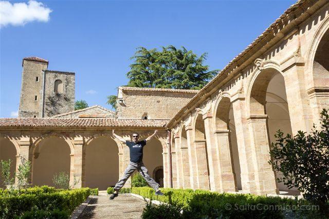 Francia Abadia Lagrasse Salto