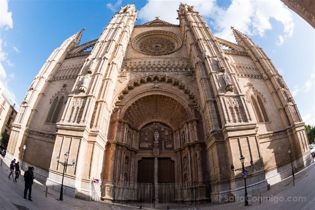 Islas Baleares Mallorca Palma Catedral Fachada Ojo Pez