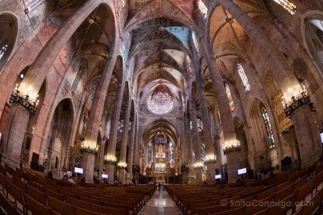 Islas Baleares Mallorca Palma Catedral Interior Ojo Pez