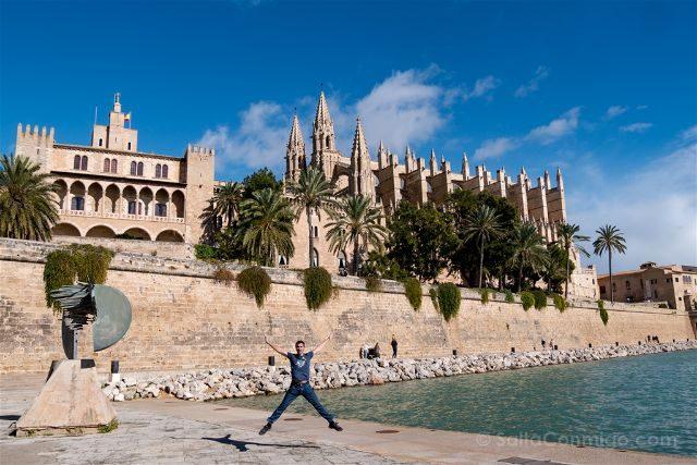 Isla Baleares Mallorca Palma Catedral Salto