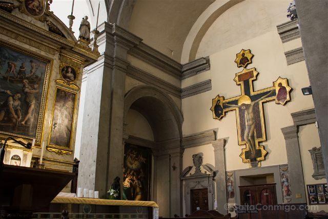 Italia Toscana Arezzo Abadia Santas Flora Lucila Crucifijo