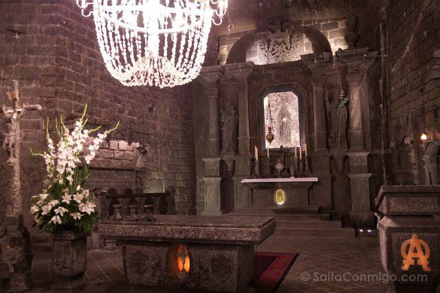 Polonia Mina Sal Wieliczka Capilla Santa Kinga Altar Mayor