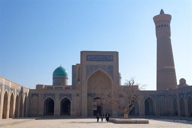 Uzbekistan Bujara Mezquita Kalon Patio