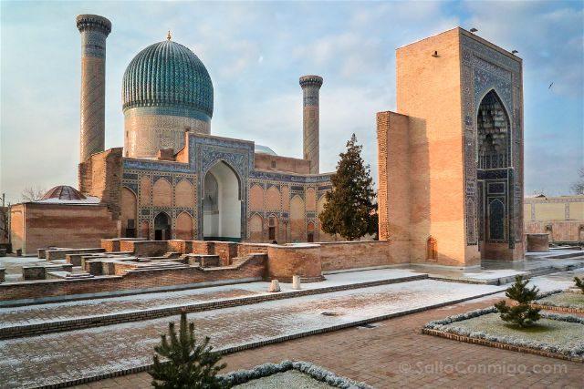 Uzbekistan Samarcanda Mausoleo Gur-e-Amir Nieve