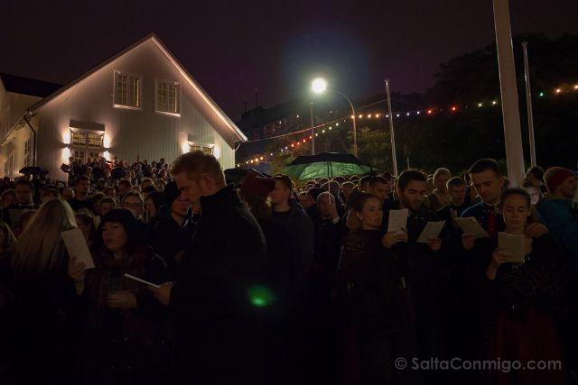Islas Feroe Torshavn San Olaf Noche Canto