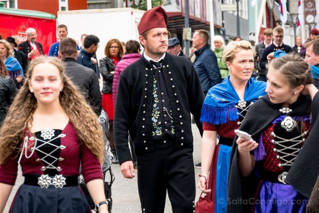 Islas Feroe Torshavn San Olaf Trajes Tradicionales