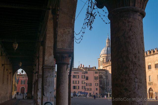 Italia Mantua Piazza Sordello