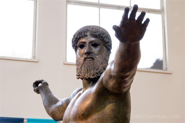 Grecia Atenas Museo Arqueologico Nacional Zeus Poseidon Detalle