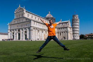 Italia Toscana Pisa Campo Milagros Salto