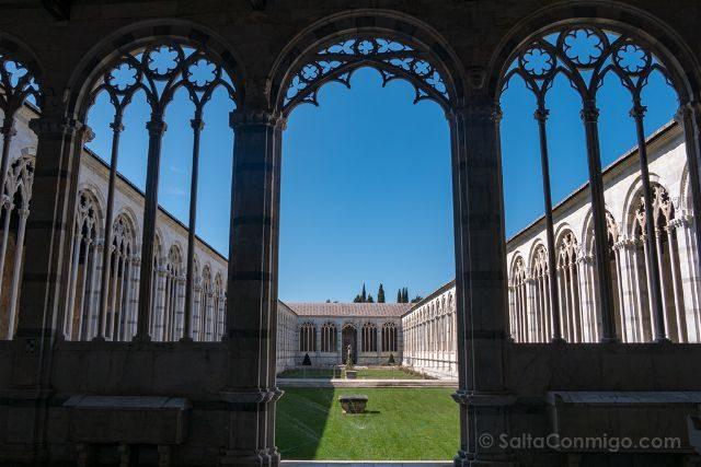 Italia Toscana Pisa Camposanto Claustro