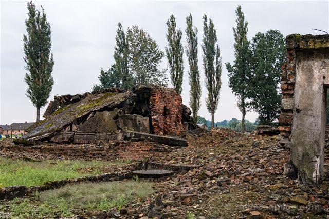 Polonia Cracovia Auschwitz Birkenau Camaras de Gas Ruinas