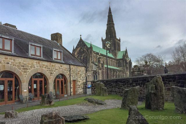 Reino Unido Escocia Glasgow Museo Religion Jardin Zen