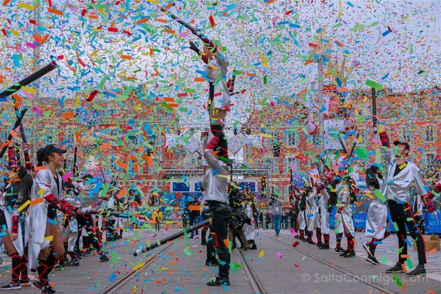 Francia Niza Carnaval Batalla Flores Inicio