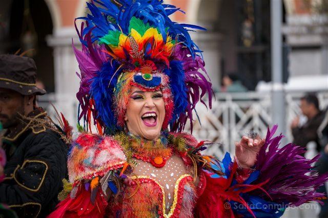 Francia Niza Carnaval Batalla Flores Samba